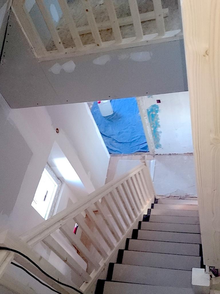 Aménagement du rez de chaussée, 1er étage et des combles